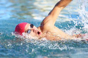 Schneller Kalorienverbrauch: Schwimmen Sie die Pfunde weg