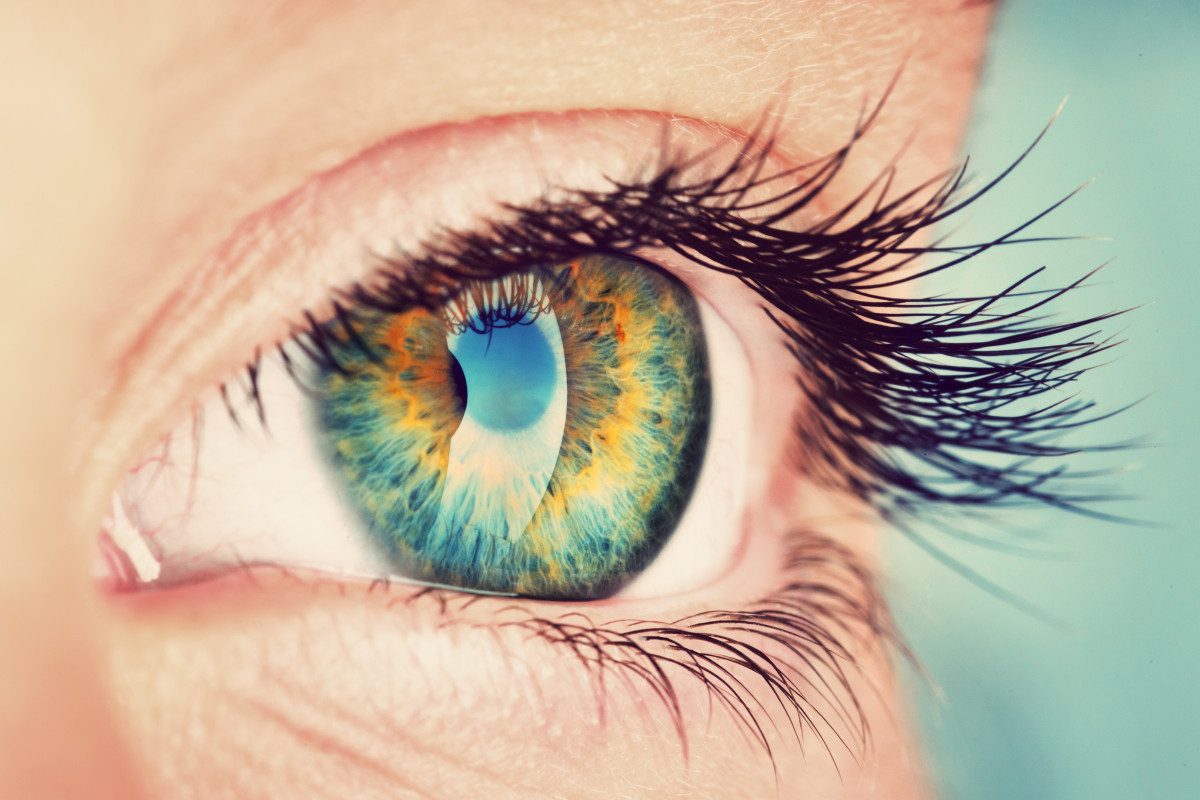 Ein Flimmern vor den Augen kann harmlose Ursachen haben