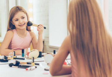 Meine Tochter will geschminkt in die Schule: Wie verhalte ich mich?