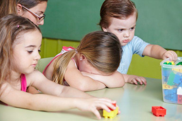 Mein Kind will nicht mehr in den Kindergarten: Was mache ich?