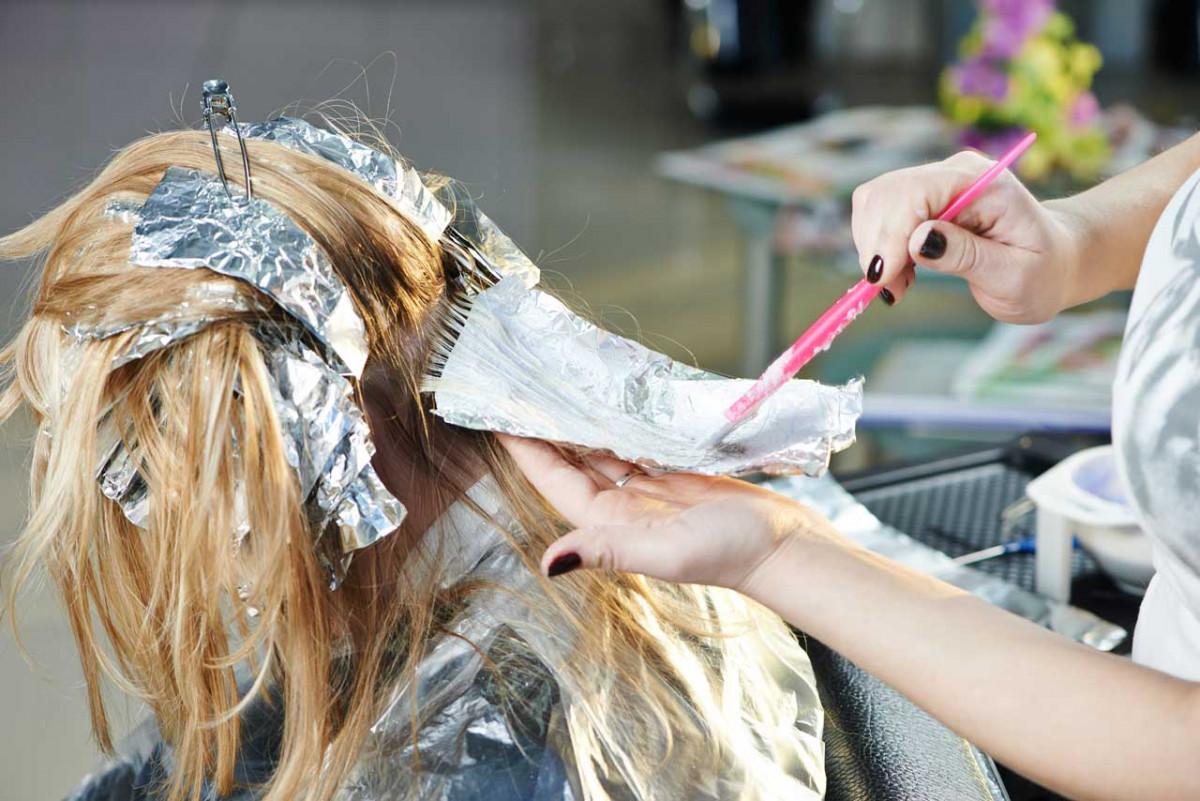 Highlights Im Haar So Lassen Strähnen Ihre Haarfarbe