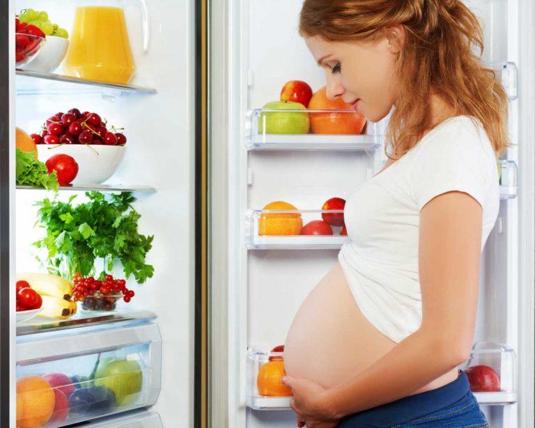 Warum Sie in der Schwangerschaft merkwürdige Essgelüste verspüren