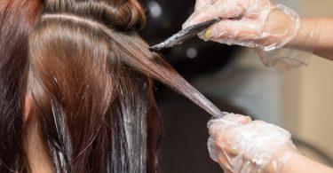 Drei Dinge, die Sie über das Haare färben wissen sollten