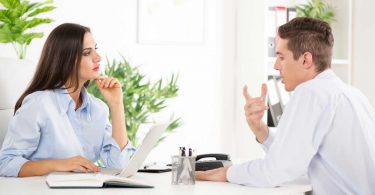 Die Hierarchie umkehren – So argumentieren Sie Ihren Chef aus