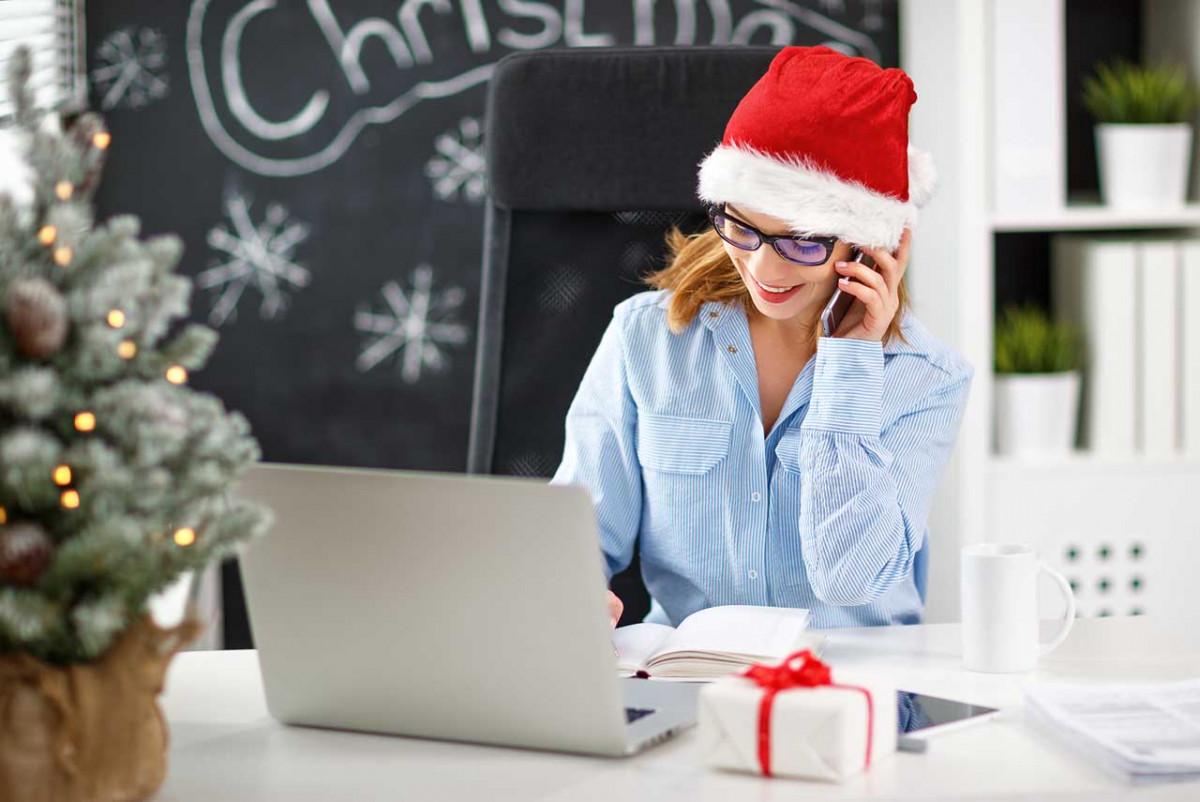 Nutzen Sie diese Ideen für eine stimmungsvolle Weihnachtsbeleuchtung im Büro