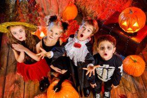 So organisieren Sie die gruseligste Halloween Party für Kinder