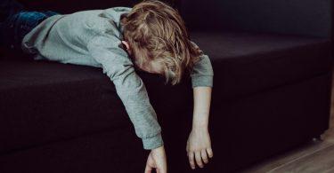 Woran Eltern erkennen, dass ihr Kind zu viel Stress hat