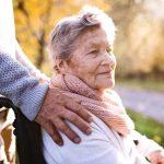 Plötzlich ein Pflegefall in der Familie – was tun?