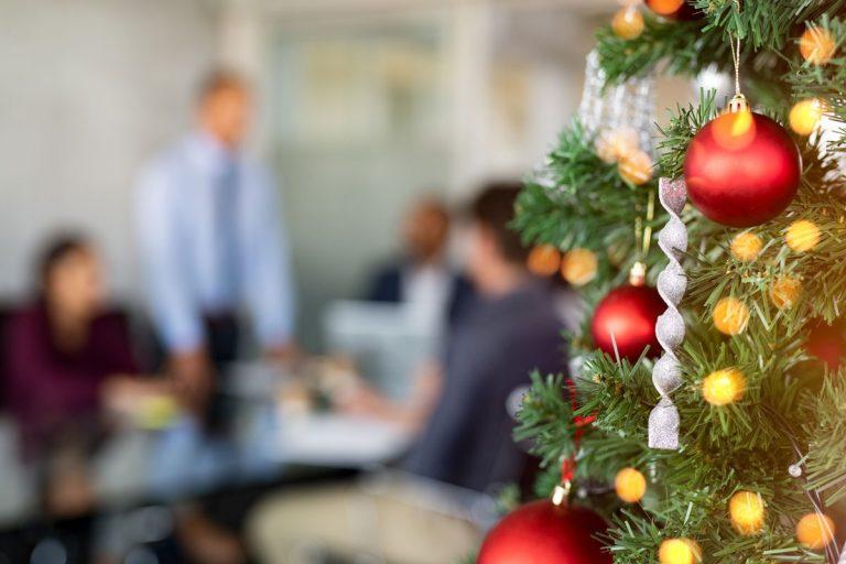 So vermeiden Sie die Steuerfalle Weihnachtsfeier
