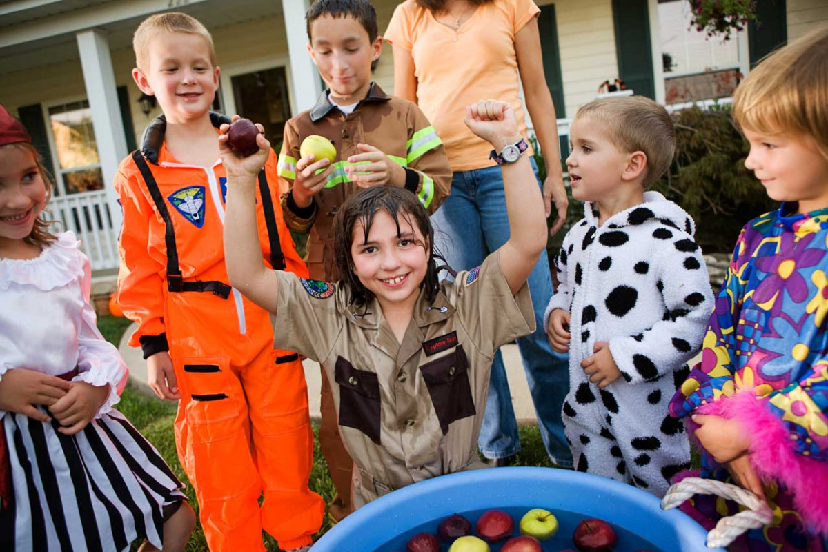 Kennen Sie diese Halloween-Spiele für Kinder?