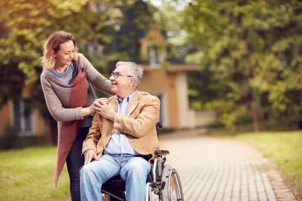 Wann Sie die Pflege einem Heim überlassen sollten