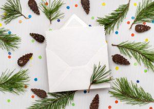 So basteln Sie eine Weihnachtskarte mit Rentier und Weihnachtsgedicht