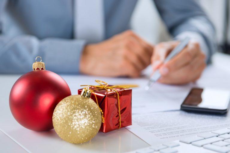 Online-PR auf Weihnachten ausrichten – diese Elemente sind ein Muss