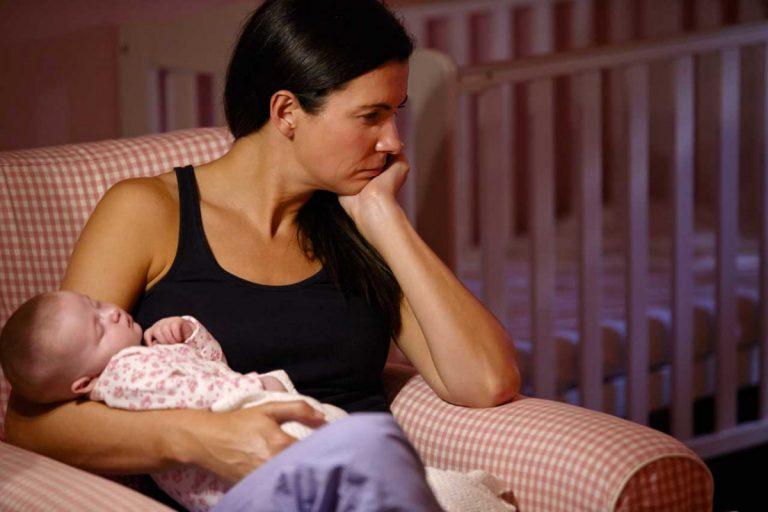 Wochenbettdepression mit Schüßlersalzen unterstützend behandeln