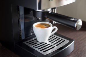 Reinigung und Pflege von Kaffeevollautomaten