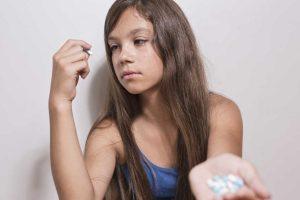 Stress bei Kindern und Jugendlichen: Medikamente als Problemlöser?