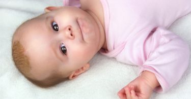 Milchschorf bei Säuglingen mit Schüßlersalzen behandeln