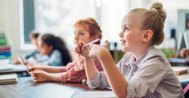 So können Sie hochbegabte Kinder in der Schule unterstützen