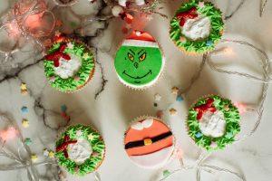 So bereiten Sie Grinch-Plätzchen für Weihnachten zu