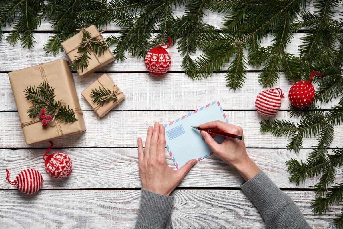 Wie Sie Weihnachtsbriefe richtig formulieren
