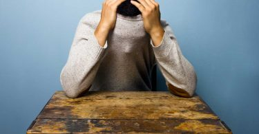So können Sie Schüchternheit homöopathisch behandeln