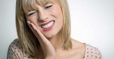 Wie Sie Zahnschmerzen homöopathisch behandeln