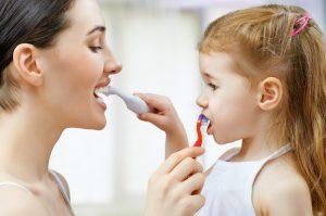 Was Sie für gesunde Kinderzähne tun sollten