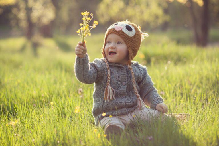 Mit Kleinkindern den ersten Frühling erleben