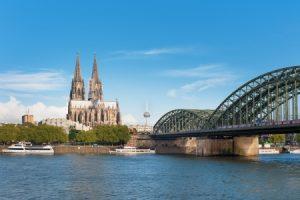 Verschiedene Möglichkeiten für den Einbau eines Treppenlifts in Köln