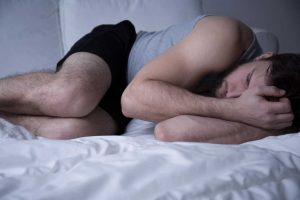 Restless legs mit dem homöopathischen Mittel Zincum metallicum behandeln