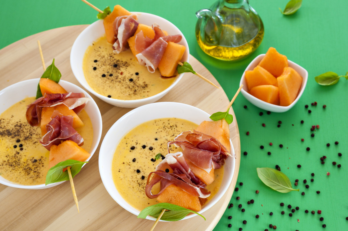 Kühle Suppen für warme Tage