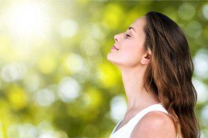 Nutzen Sie diese Atemübungen gegen Stress