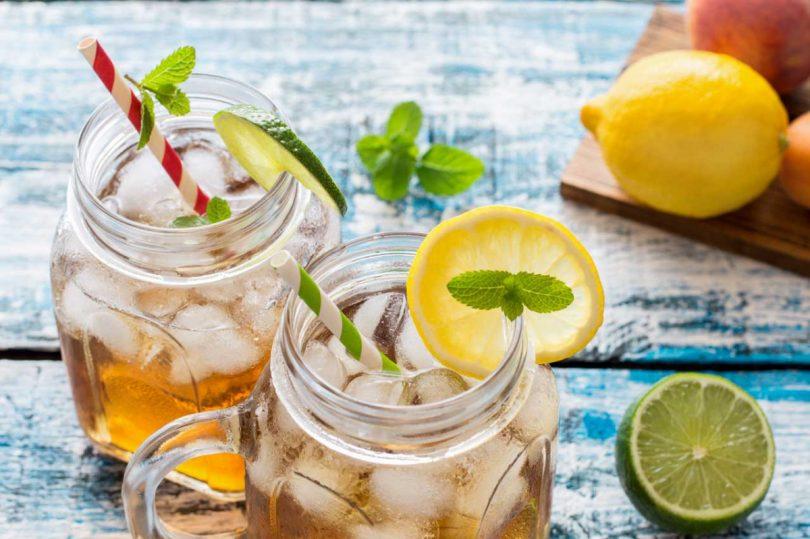 Eistee selber machen: Probieren Sie diese zwei erfrischenden Rezepte