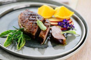 Südfrankreich im Kochtopf: Ente mit Lavendel und Honig