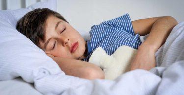 Was Sie tun können, wenn sich Ihr Kind vergiftet hat