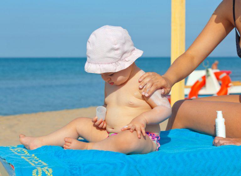 Wie kann ich mein Baby vor Sonnenbrand schützen?