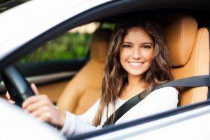 Fahranfänger: 5 Tipps für eine günstige Autoversicherung