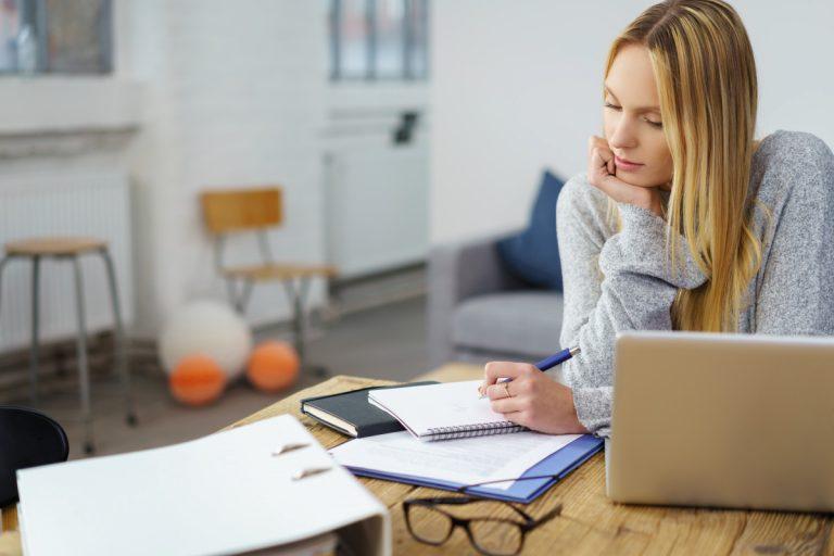 4 Faktoren, die das Fernstudium neben dem Beruf erleichtern