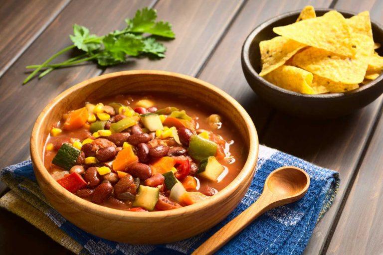 So gelingt Ihnen ein veganes Chili