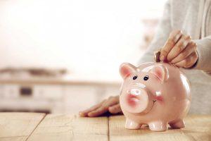4 hilfreiche Tipps, mit denen Sie im Alltag Geld sparen können