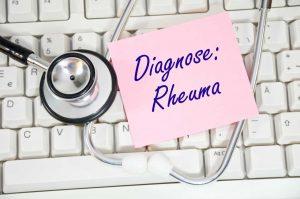3 wirksame Wege, um Rheuma zu therapieren