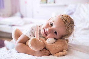 Zum Kuscheln und Liebhaben – warum Kinder Stofftiere brauchen