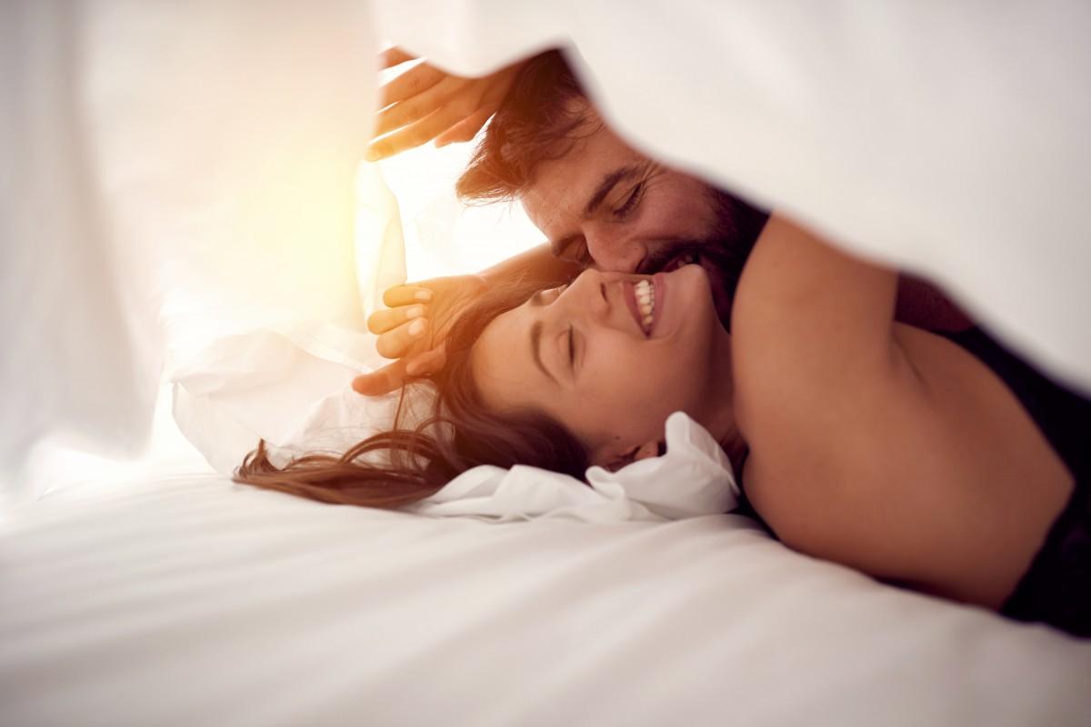 Beziehungspflege: 3 Tipps für neuen Schwung im Sexleben