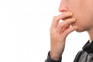 6 hilfreiche Tipps gegen Nägelkauen
