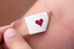 Blutgerinnung funktioniert in diesen 3 Schritten