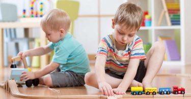 Getrennte Kinderzimmer: Wann der perfekte Zeitpunkt ist und worauf Sie achten sollten