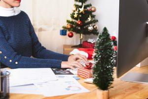 So rechnen Sie Zuschläge für Feiertagsarbeit richtig ab