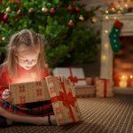 Diese 7 Tipps verkürzen Ihrem Kind die Wartezeit auf die Bescherung
