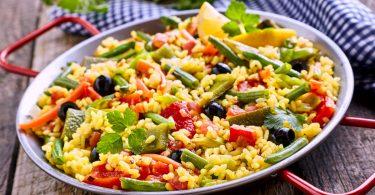 So gelingt Ihnen vegane Paella