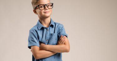 4 Tipps, mit denen Sie Kurzsichtigkeit beim Kind vorbeugen